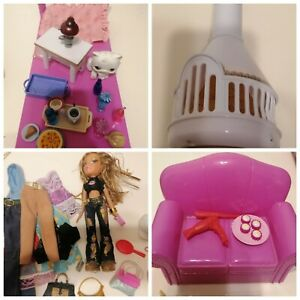 Bratz Doll Mixed Bundle Of Furniture Accessories & Clothes