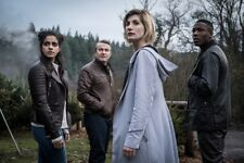 Jodie Whittaker as the 13th Doctor Who colour photograph 5 - glossy A4 print