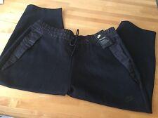 Women's Nike Tech Pack Capri $110 Size XL In Black