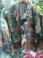 A16 SMALL SIZE CAMOUFLAGE USA AIR FORCE JUNGLE GREEN JACKET WITH TAGS ORIGINAL