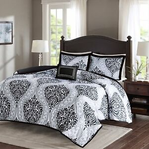 5 Piece - Black and White - Printed Damask  King size, comforter set Over Size