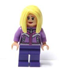 LEGO Female Girl Minifigure Figure Long Blonde Straight Hair Flesh Head Hands