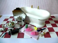 Dolls House  .Bath and Bathroom Accessories.