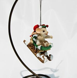 NIB CHARMING TAILS #132098 RESIN CHRISTMAS ORNAMENT HOLLY-DAY SLEIGH RIDE MOUSE