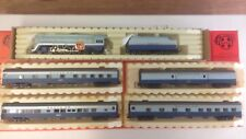 Ho Scale Blue Goose Santa Fe - 4-6-4 Hudson Streamline Set by Rivarossi + 8 Cars