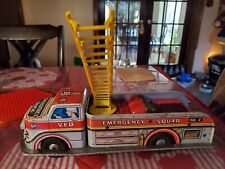 Toy Fire Truck Antique Marx VFD Emer. Squad No.2 Metal Battery Oper. & WORKING