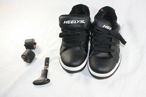 Unisex Kids HEELYS Black Shoes Size Youth 2