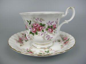 """Superb vintage Royal Albert """"Lavender Rose"""" bone china Tea Cup & Saucer."""