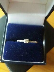 9ct gold Ratanakiri Zircon Ring   size L-M