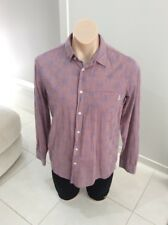 Super Comfy Mens Elwood Button Down Shirt Long Sleeve Size Small to Medium