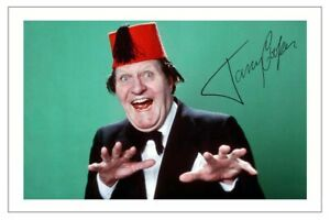 TOMMY COOPER SIGNED PHOTO PRINT AUTOGRAPH COMEDIAN JUST LIKE THAT