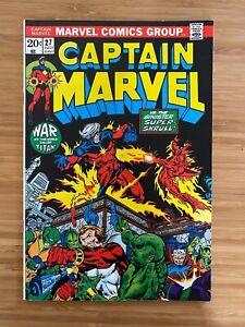 Captain Marvel #27 Mennen Variant NM-/VF+ (9.0)