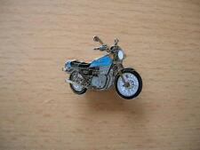 Pin Anstecker Suzuki GS 750 / GS750 blau blue Modell 1977 Art. 0605 Spilla Badge