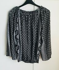"""BNWOT BOOHOO Black & White Print Gypsy Top - size 6 - up to a 36"""" bust"""