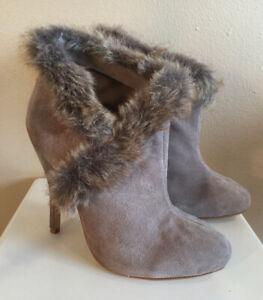 Women's Colin Stuart Ankle Boots Shoes HeelsBeige Suede Faux Fur Size 7.5 B