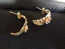 VINTAGE 10 KT YELLOW GOLD EARRINGS--BEAUTFUL