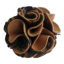 Pince à cheveux broche fleur feutrine camel dentelle noire cérémonie mariage