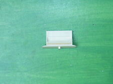 Triang TT gauge T24 platform name board with seats