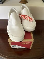 Vans Womens True White Classic Slip On Skate Sneaker Shoes Size US 6.5 EU 36.5