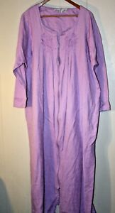 Only Necessities 1X Lavender Brocade Cotton Blend Full Zip Long House Robe