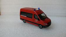 Feuerwehr Berlin MTF 2 MB Sprinter 315 CDI NCV3 B-2732 Wache Treptow H0 TOP