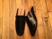 FREE PEOPLE PATENT LEATHER MULE SHOES NWOB SIZE 7-7.5 (EU 38)