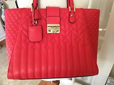 GUESS CORAL RED SHOULDER BAG PURSE TOTE EXCELLENT CONDITION