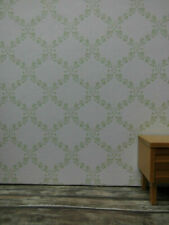 TAPETE Rankenrauten-Ornamente,grün auf weißem Grund,Puppenstube,30cmx53