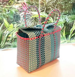 Plastic Straws Bag for Everyday use, Picnic, Beach, Park or Everywhere- Multicol