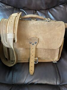 saddleback leather slim briefcase