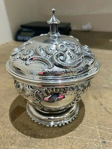Fine George Ist Brittania standard silver covered bowl