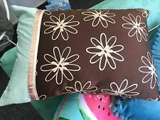 Quality oblong cushion cover - Daydream - Chocolate - Stylish flower pattern