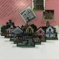 Shelia's Ledge Houses 10-Piece Set Daisy Connection Mini-Replica Houses