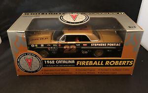 Ertl Collectible 1962 Catalina Fireball Roberts Die Cast Car 1:18 Scale Pontiac
