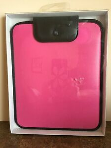 NEW IN PACKAGE DiVOGA TABLET CASE PINK  AND BLACK SLIDES IN TOP W/HOOK CLOSURE