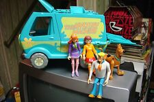 THE MONSTER MACHINE.....SCOOBY DOO AND FRIENDS...NEAT
