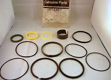 Genuine Case Digger Swing Cylinder Seal Kit, Swing Ram Seal Kit, BN 122535A1