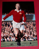 BOBBY CHARLTON PERSONALLY MANCHESTER UNITED SIGNED 12X8 AUTOGRAPH PHOTO MAN UTD
