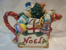 Fitz and Floyd Classic Collectib Handpainted Santa'S Toy Box Tea Pot