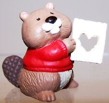 1994 New Hallmark Valentine Merry Miniature Beaver with Heart Never Used Qsm8013
