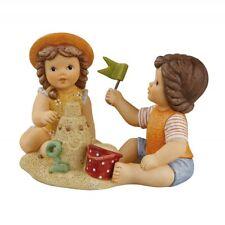 "Goebel Nina & Marco Figur "" Unsere schöne Sandburg "" Figurenpaar im Sand"