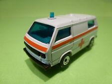 MATCHBOX - VW VOLKSWAGEN T3 TRANSPORTER AMBULANCE - WHITE 1:62 - GOOD CONDITION