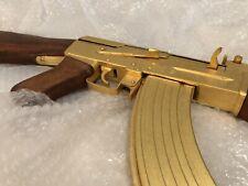 AK47 plaquée or réplique