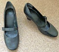 Ladies Clarks Black Mary Jane Shoes Low Heel Smart Work Office Size 3.5 SB12