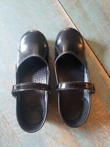 Womens Dansko Black Leather Marcelle Mary Jane Clogs Size 39 8.5-9