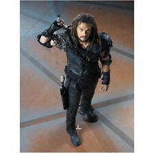 Stargate Atlantis Jason Momoa as Ronon Dex Grabbing Sword 8 x 10 Inch Photo