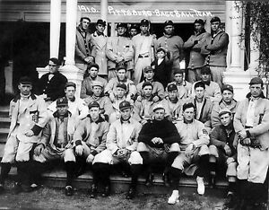 1910 PITTSBURG PIRATES TEAM PHOTO WITH hall of fame legend HONUS WAGNER 8x10