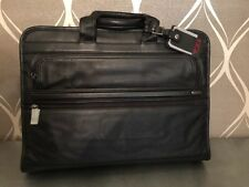 Tumi Slim Large Screen Leather Computer Laptop Bag / Briefcase (MSRP $495) Black
