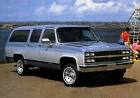 1989 Chevy SUBURBAN Truck Brochure with Color Chart:Silverado,4WD,4x4,Scottsdale