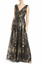 NWT $358 Vera Wang Metallic floral Fit & Flare Gown Double V Neck Dress SZ. 6
